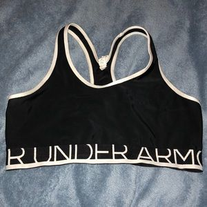 Under Armor Size Large Sports Bra